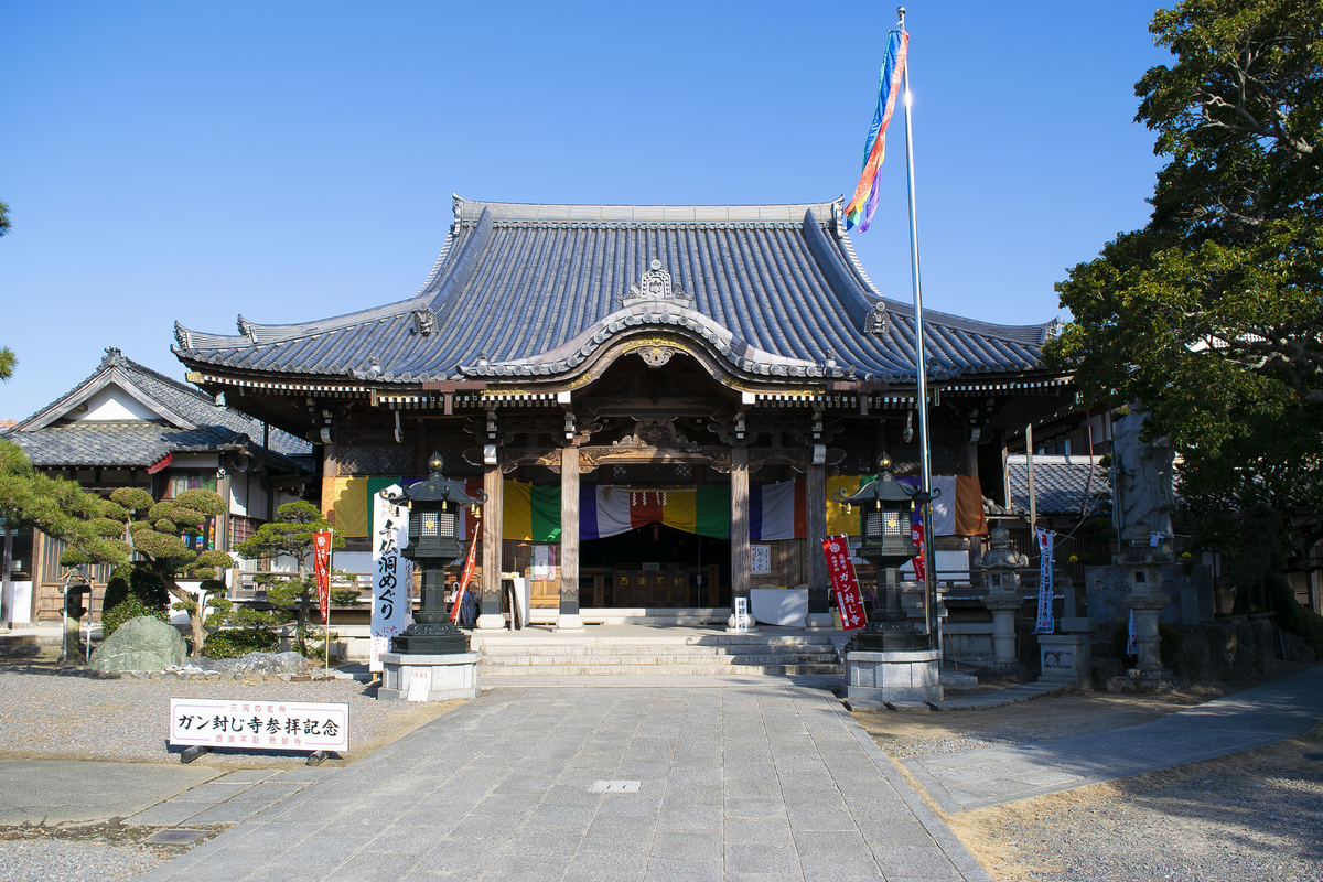ガン封じ寺の本殿