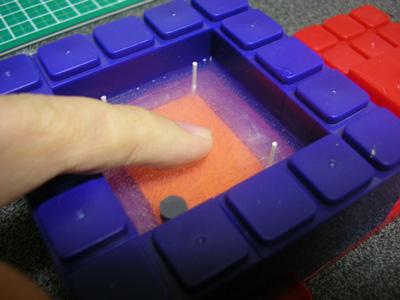 透明シリコンを使ってレジン成形用の型取りをする方法