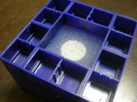 型取り用の透明シリコンの簡易真空脱泡に挑戦