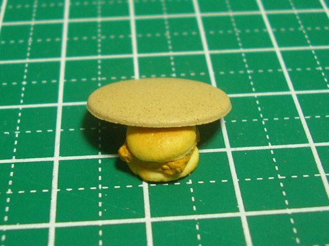 【ミニチュアフード】簡単な丸皿の作り方