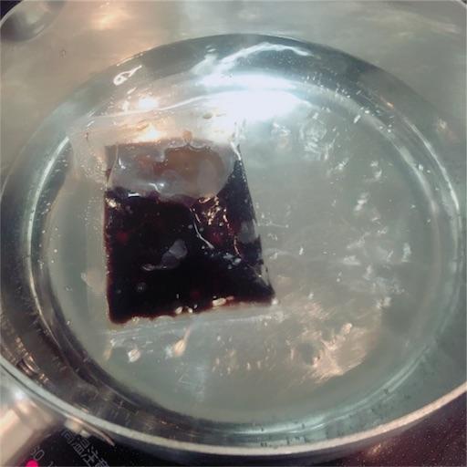 タピオカを湯煎で溶かす