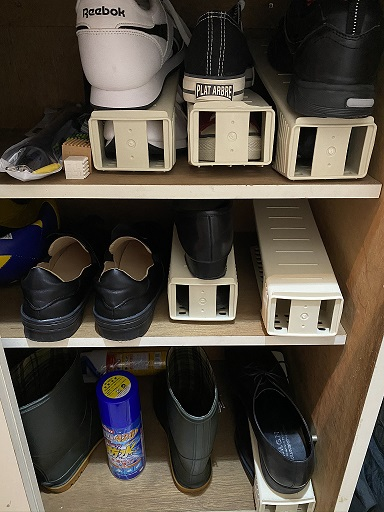 現在の靴箱 右