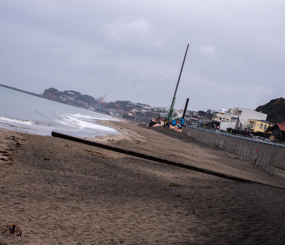 七里ヶ浜海岸駐車場とPacific DRIVE IN