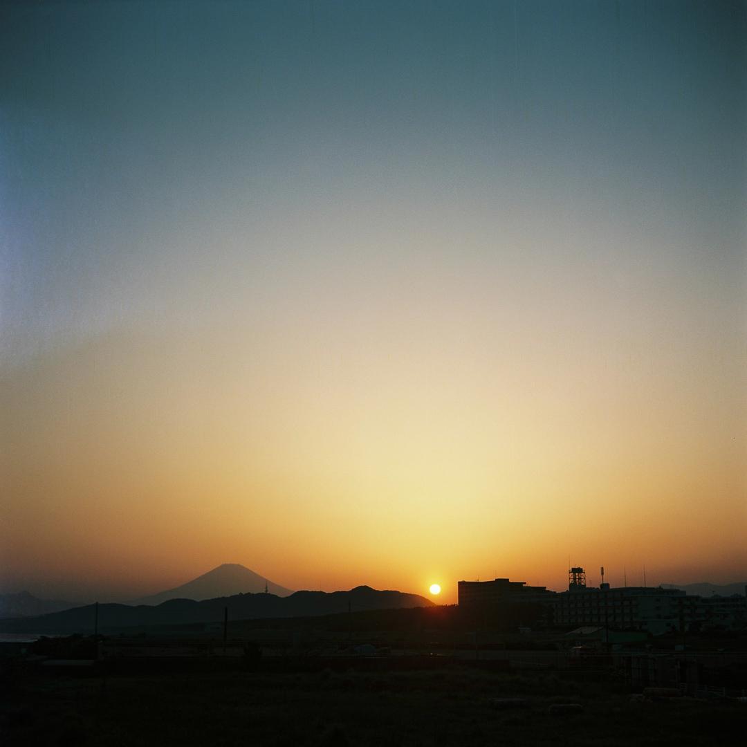 平塚海岸で撮りました( ミノルタフレックス