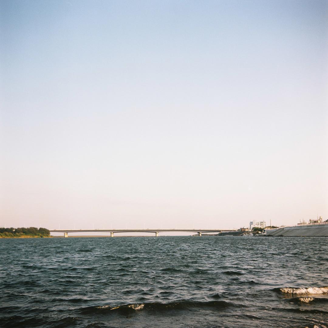 トラスコ湘南大橋を撮りました( ミノルタフレックス