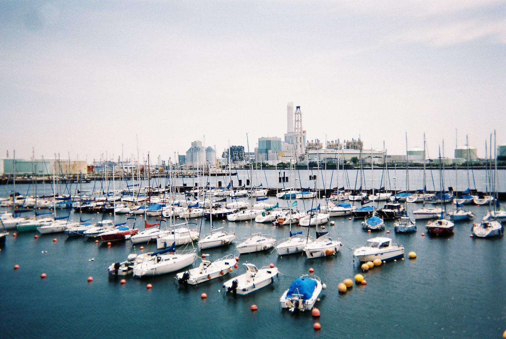 横浜市民ヨットハーバーを撮りました