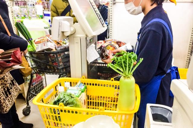 食料を買うにも、8%はつらい…