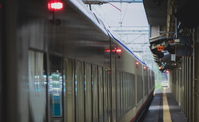 電車とホーム