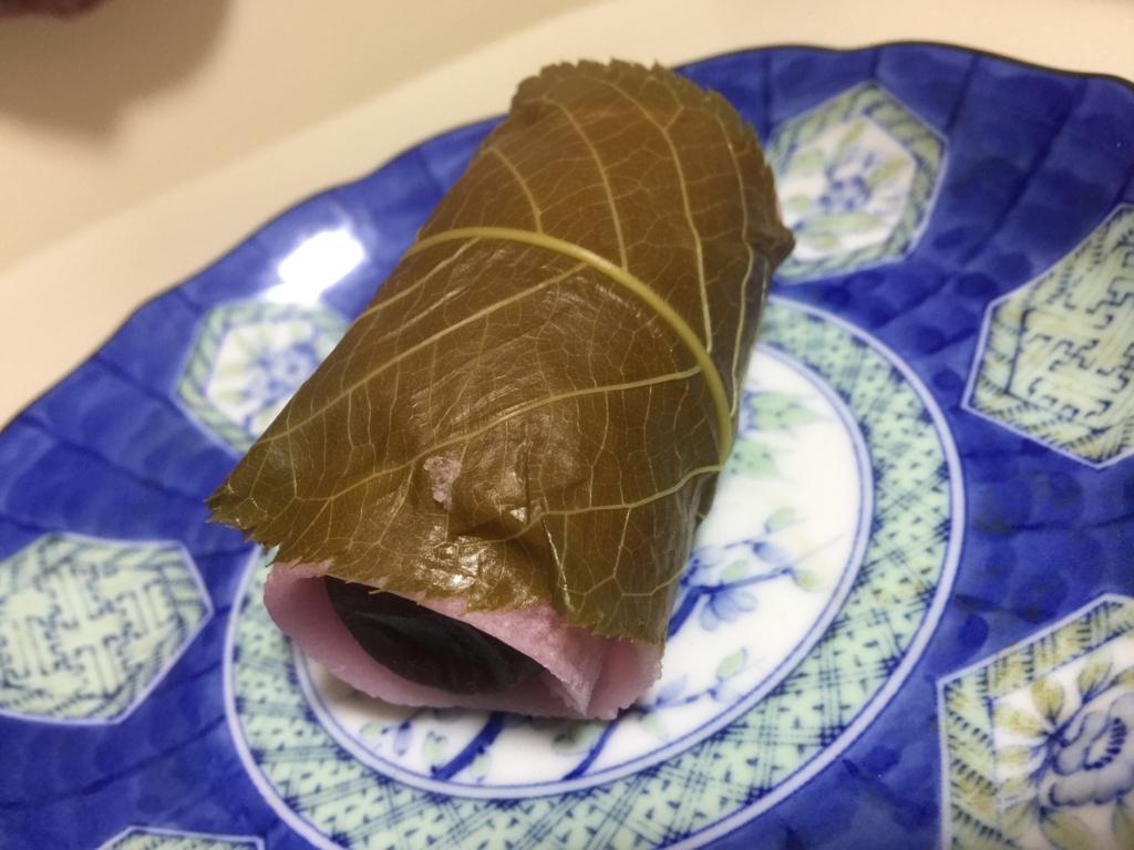 関東風桜餅の作り方:桜の葉っぱを食べちゃおう!