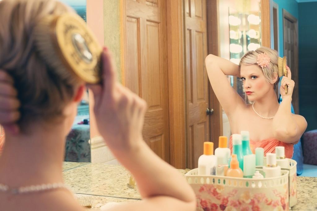 英語で言える?「鏡よ鏡、世界で一番美しいのは誰?」『ロイヤル英文法』