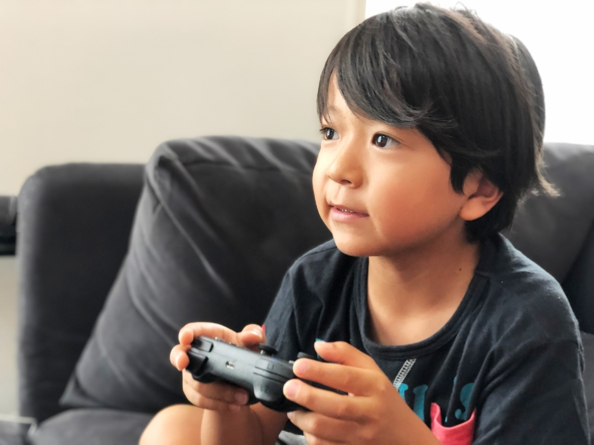 「ハマっている」って英語でなんて言う?ゲームに関するネイティブの口コミ