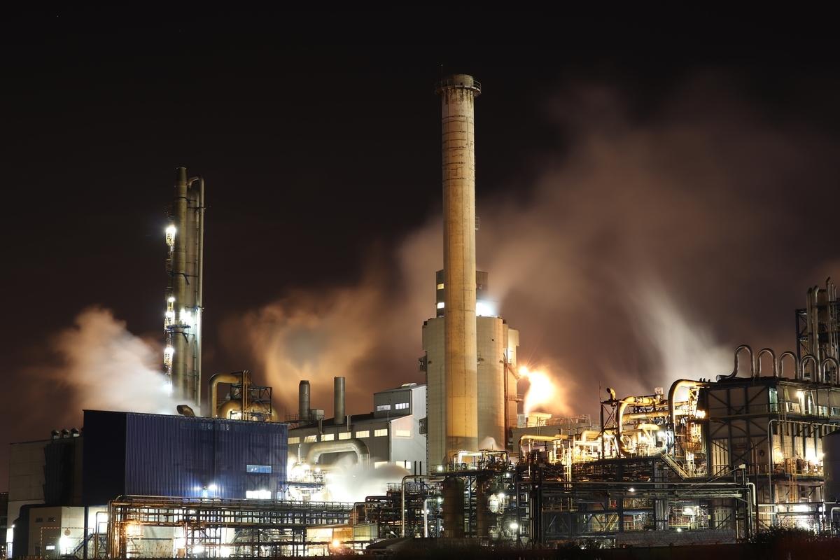 「再生可能エネルギー」は英語でなんて言う?東芝、石炭火力の建設撤退 独シーメンス系も