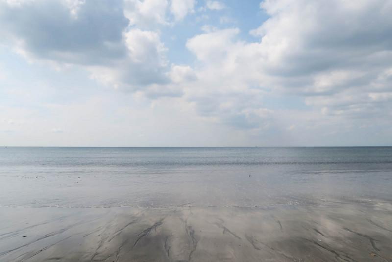 波のない日