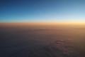 曙光と立ち込める雲 ロシア上空