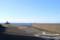 海を見るサーファー