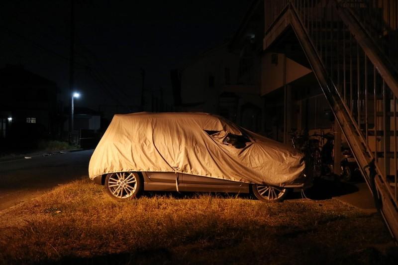 カバーの被った車