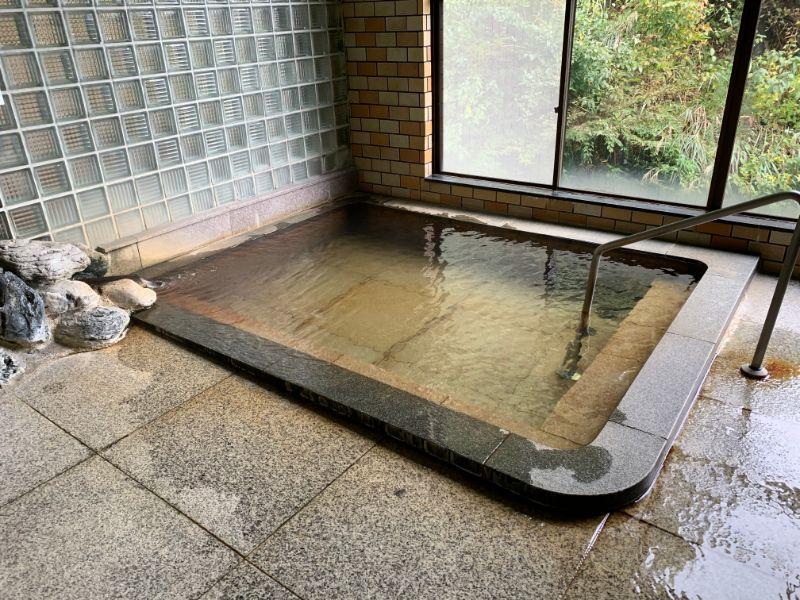 中の湯 浴槽