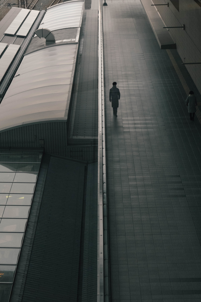 写真:大阪駅の通路