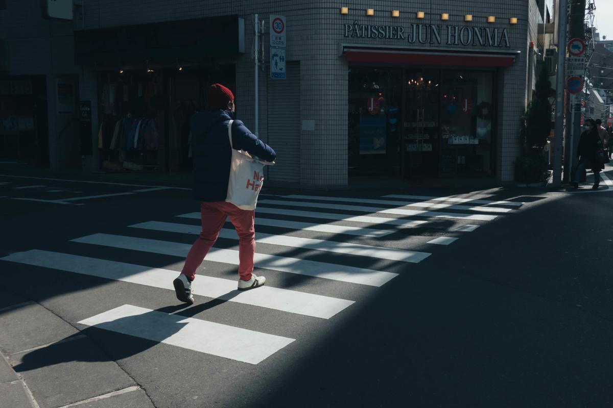写真:東京の通行人