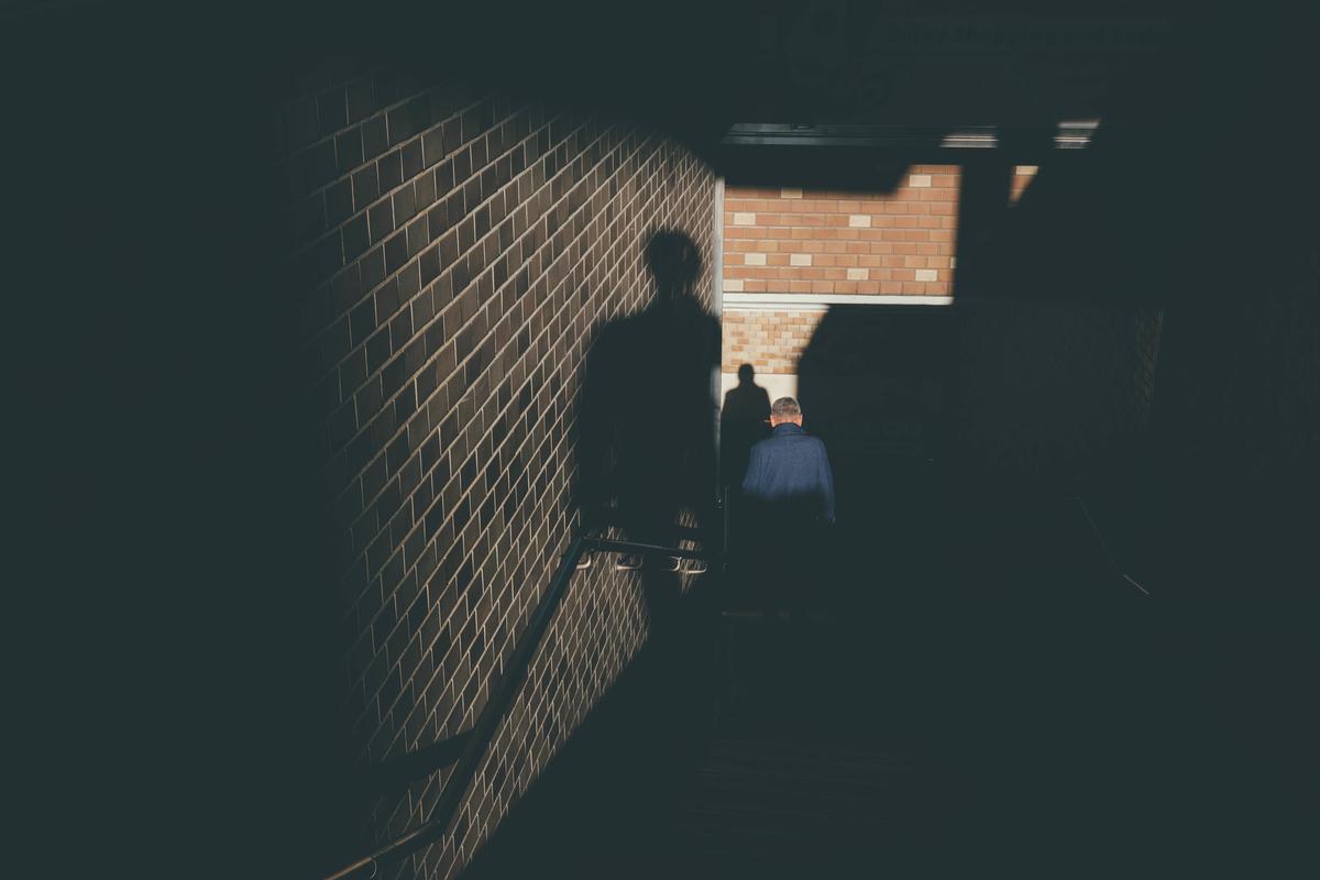 写真:自分の影の写真