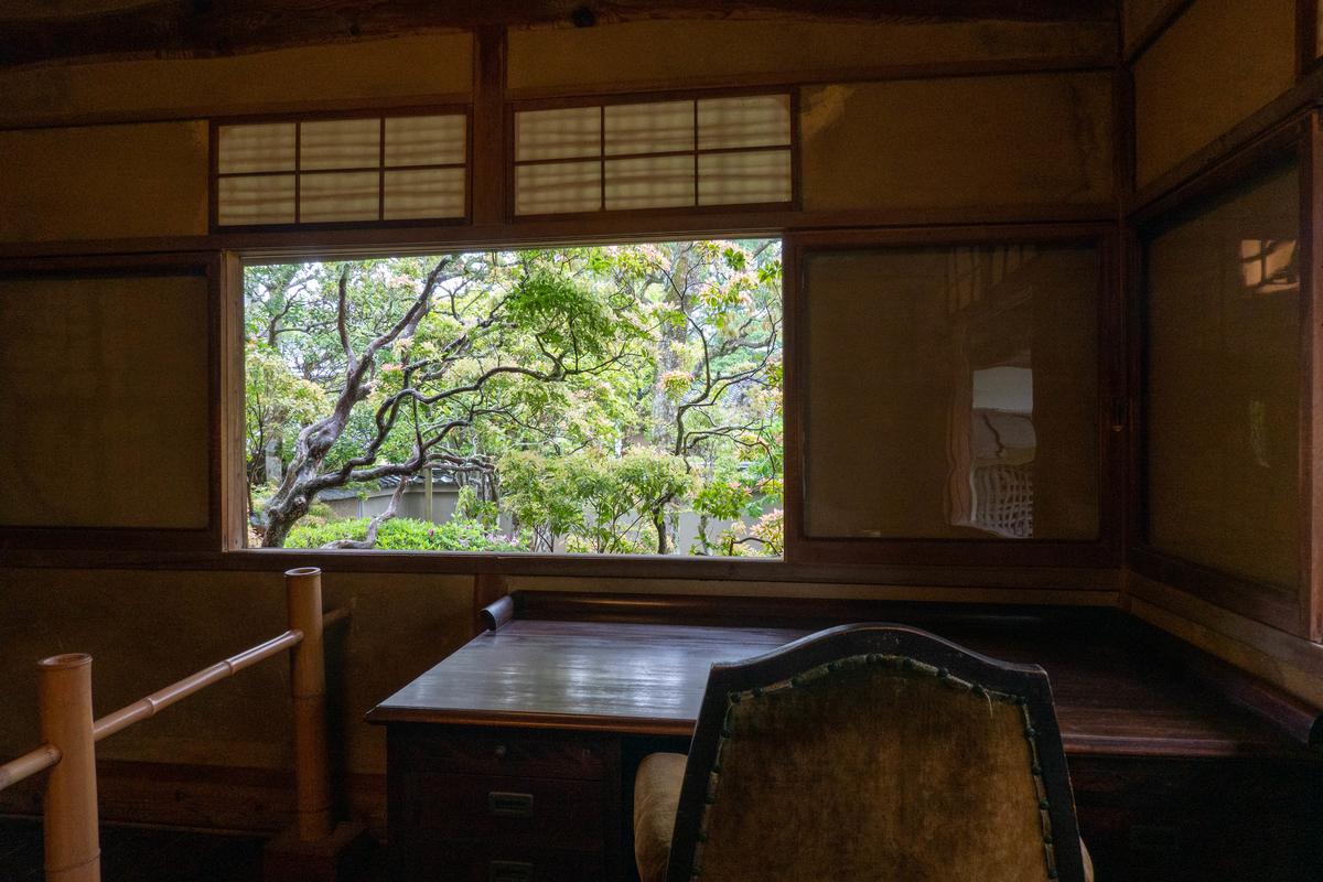 写真:旧志賀直哉邸の書斎