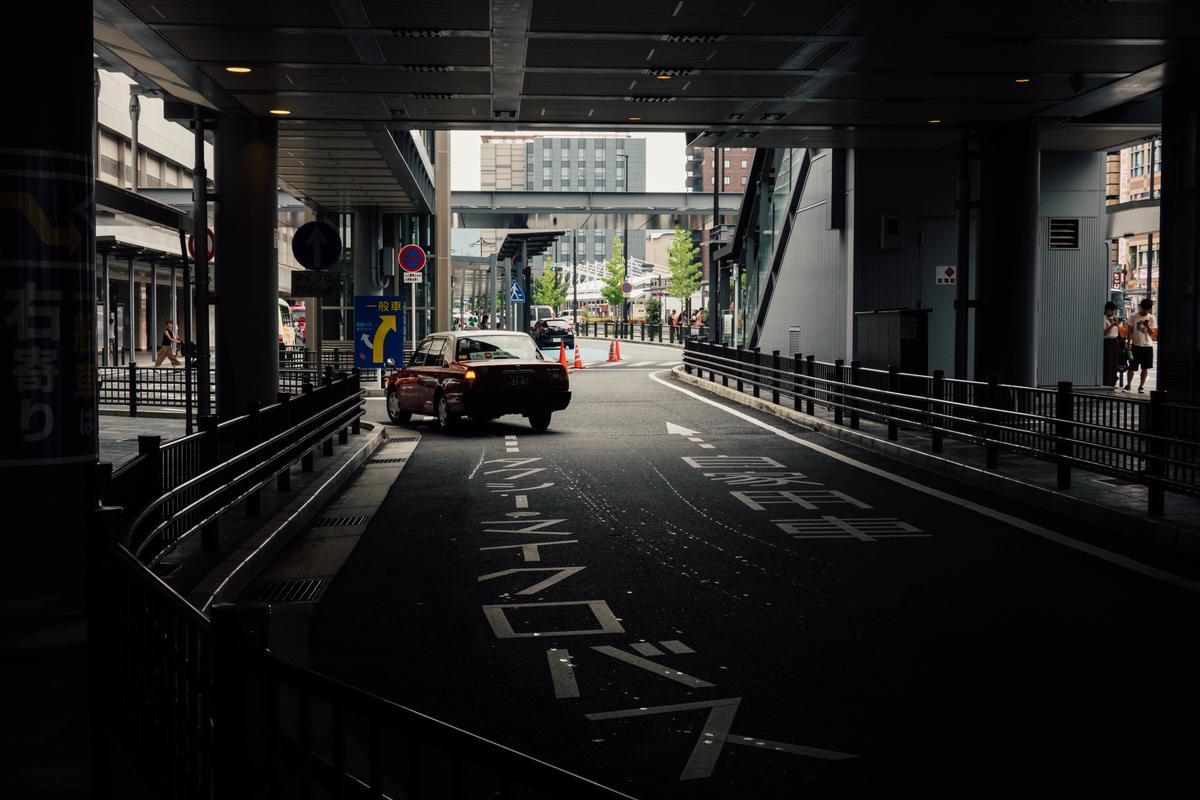 写真:京都駅南口のタクシー