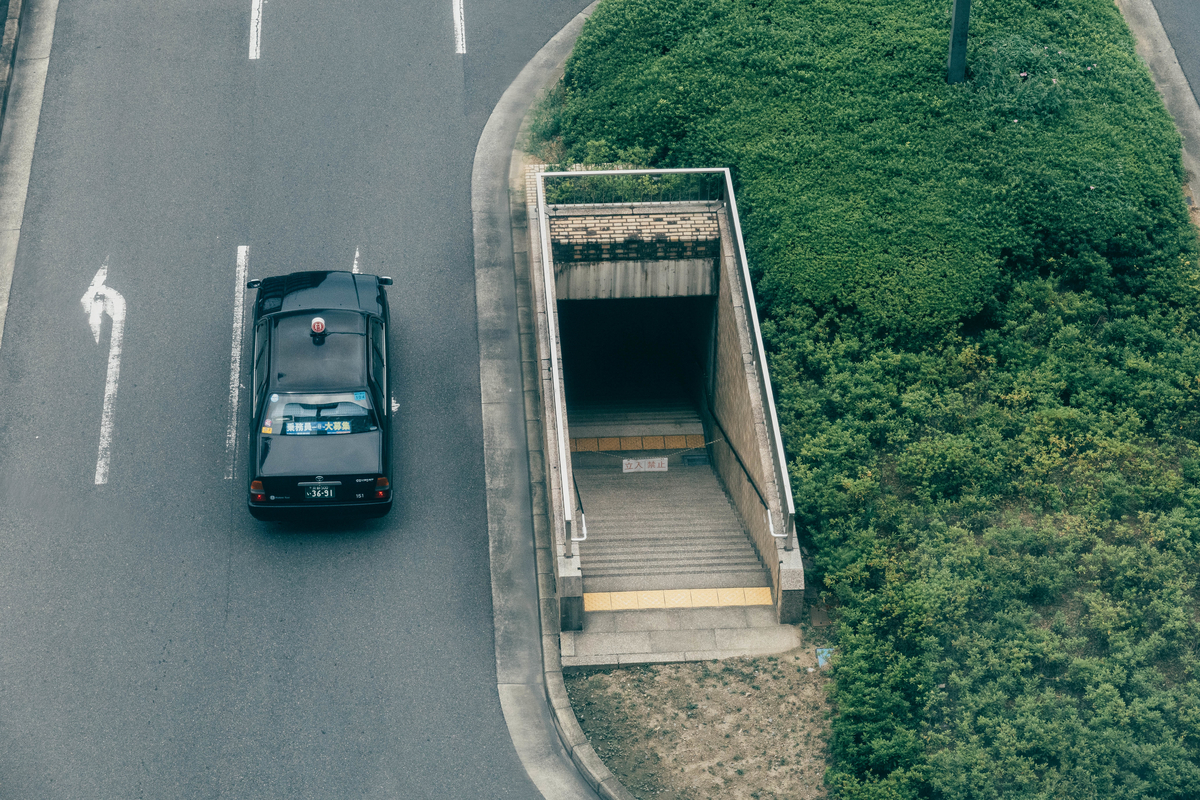 写真:京都駅の謎の地下への入り口