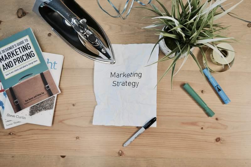 強いブランドを創るブランディング手法-4: ブランドマーケティングを策定する手法