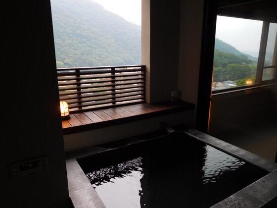 あうら橘の客室露天風呂