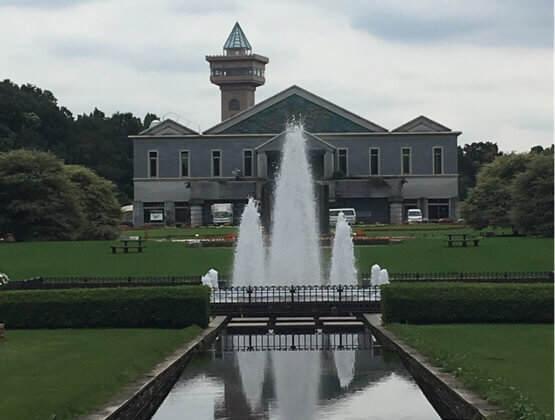 神奈川県相模原市にある相模原公園のフランス式庭園の噴水