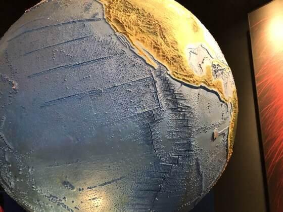 神奈川県小田原市にある生命の星地球博物館の地球の展示