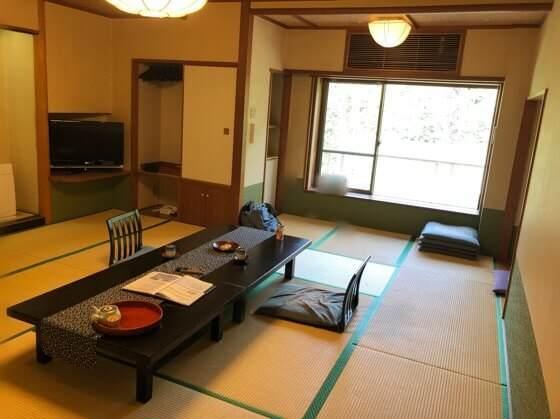 箱根湯本にある箱根水明荘のお部屋