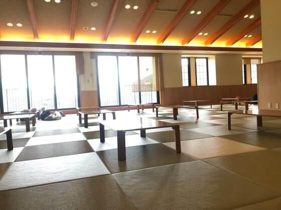 箱根小涌園ユネッサンのリラクゼーションルーム