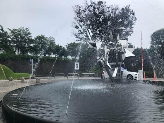 箱根彫刻の森美術館前にある噴水