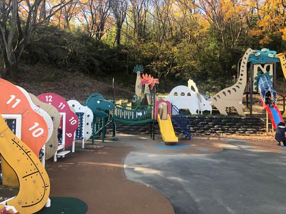 横浜こどもの国にあるタイムトラベルという名の大型遊具
