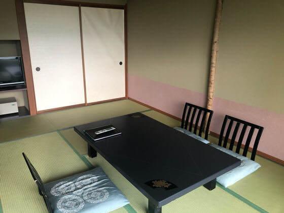 ベネフィットステーション箱根宮城野の和洋室の和室
