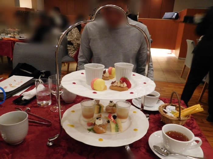 箱根にあるホテルマイユクール祥月のアフタヌーン式のデザート