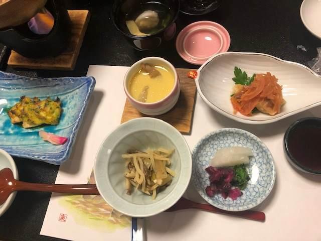 箱根湯本にある箱根水明荘の夕食