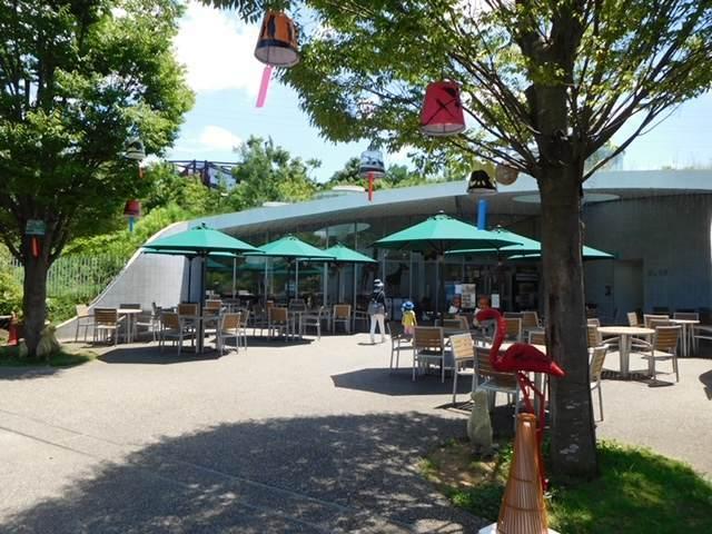 ズーラシアにあるオージー昼グリルレストラン