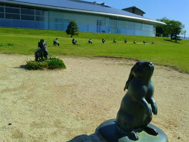 島根県立美術館の宍道湖うさぎ
