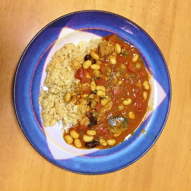 超簡単な時短料理のさば缶トマトカレー