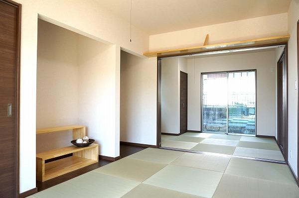 岡山県浅口市6LDKの家・続き間の和室