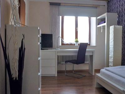 Einzelzimmer.jpg