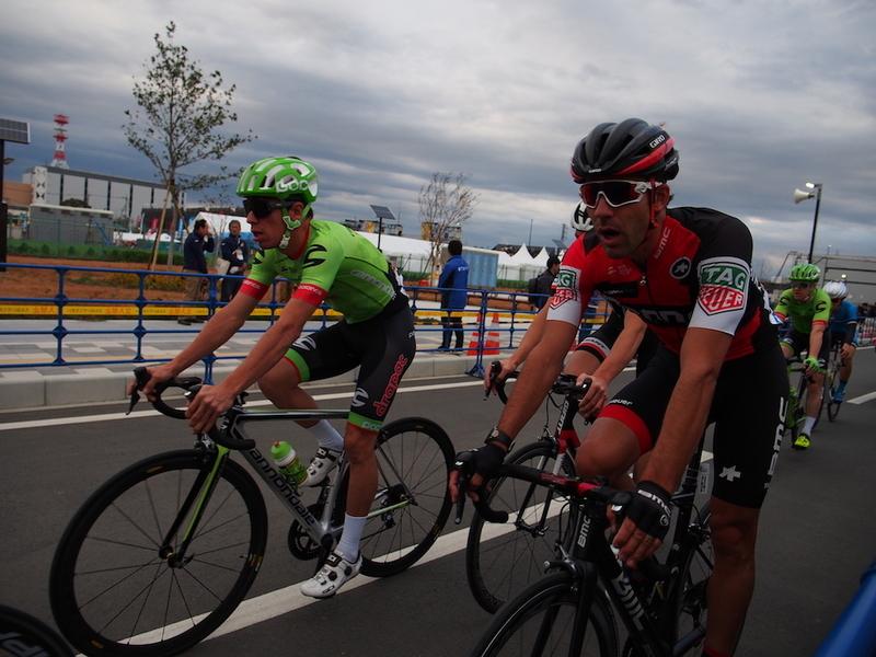 リゴベルト・ウラン(キャノンデール・ドラパックプロサイクリングチーム)と、アマエル・モワナール(BMC レーシングチーム)