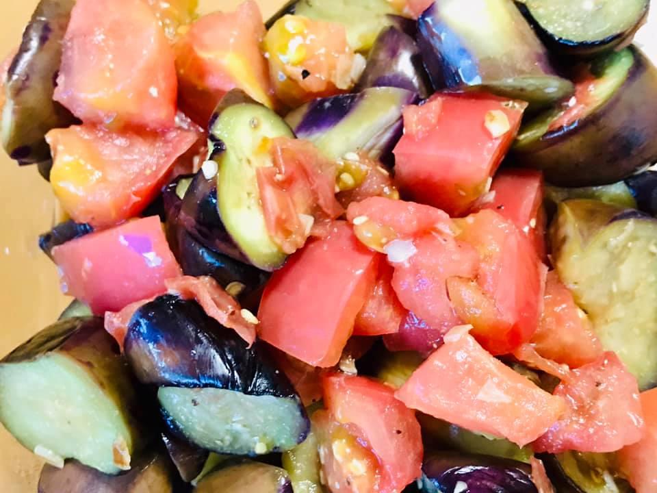 茄子とトマトのガーリックマリネ