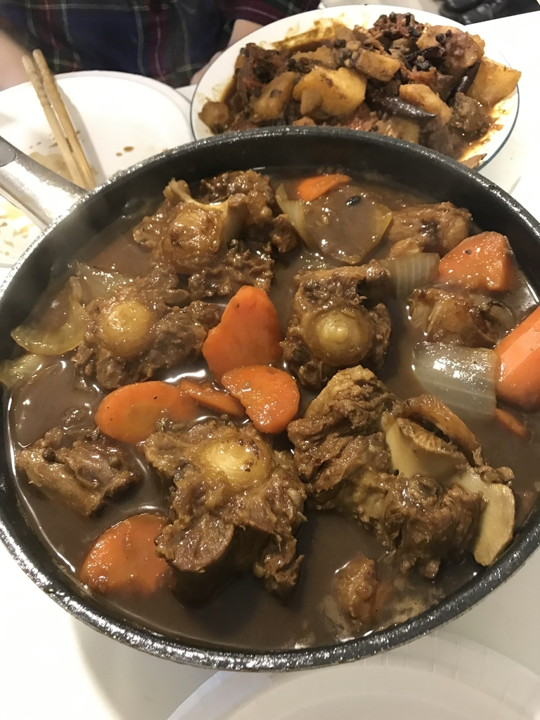 Oxtail の煮込み