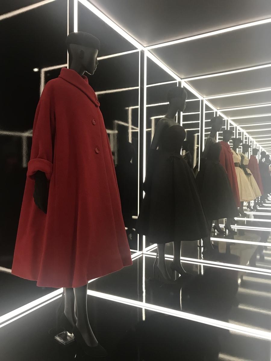 V&A Dior展