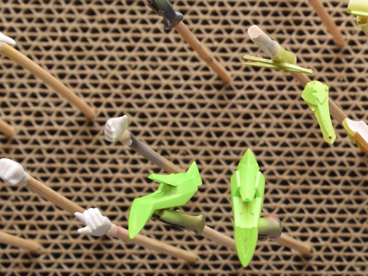 ランチャー イエローグリーンの塗装