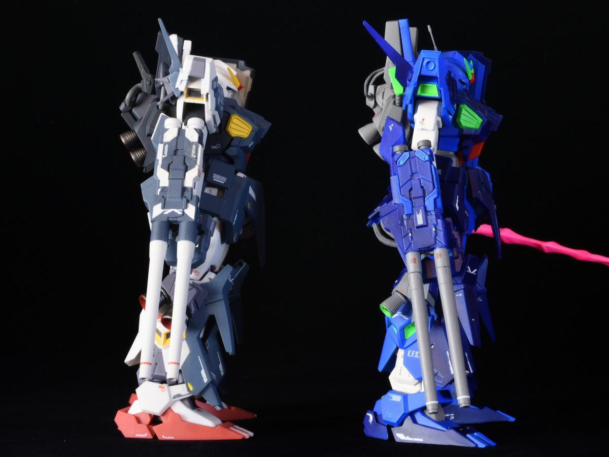 ロボット魂とレジンキットとの比較