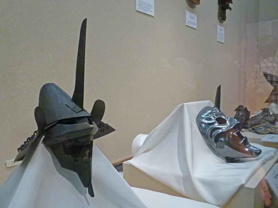 初号機を模した兜 ヱヴァンゲリヲンと日本刀展